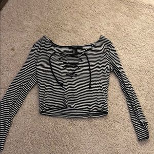 Long sleeve black and white striped crop top